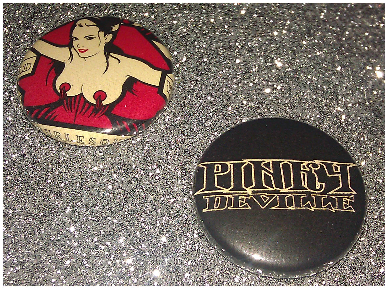 Pinky DeVille badge set